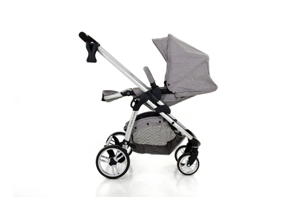 Double Trouble Single pram with forward reclined seat